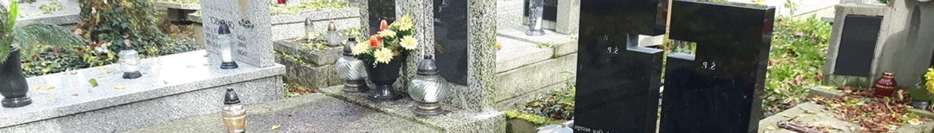 Groby jesienią