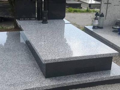 Grobowiec podwójny 10
