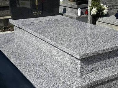 Grobowiec podwójny 6