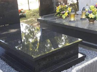 Grobowiec pojedynczy 4